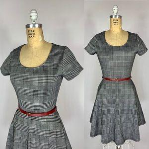 Black & White Houndstooth Plaid Knit Skater dress